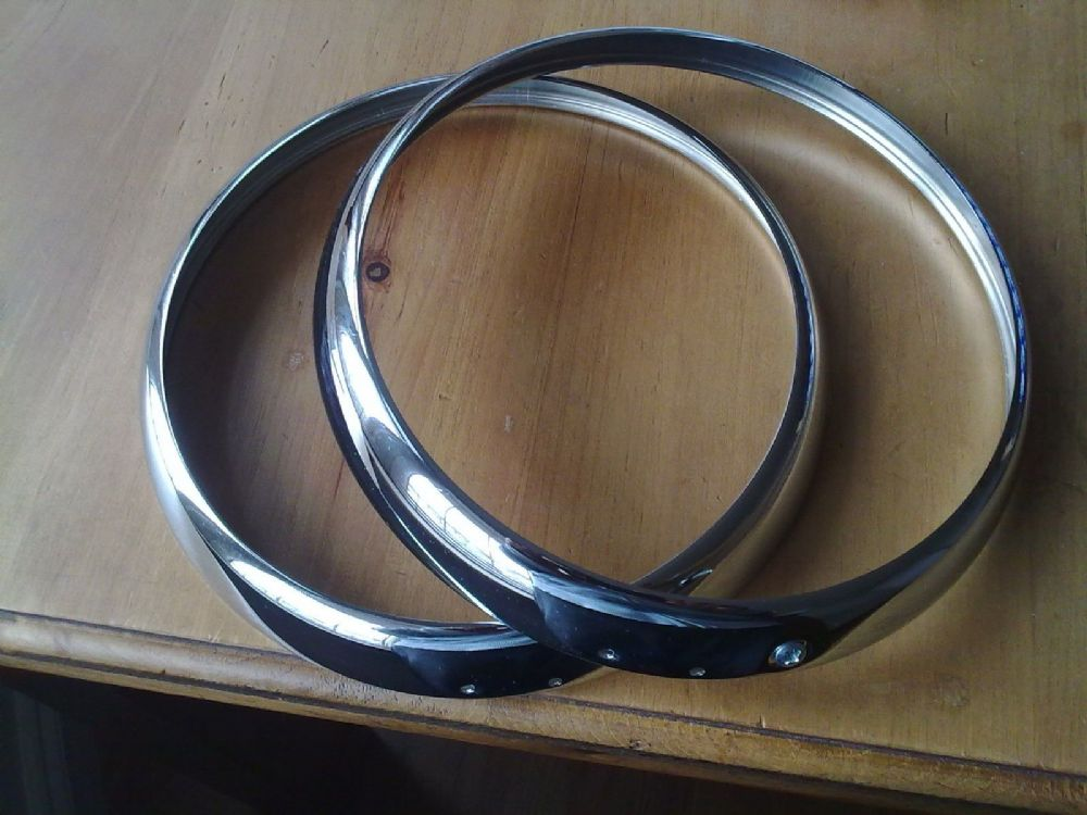 AUSTIN OR NASH METROPOLITAN TRIPLE PLATED HEADLAMP RIMS x 2 (FREE UK POST)